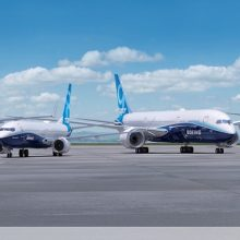 Boeing awards contracts for civil aviation programs